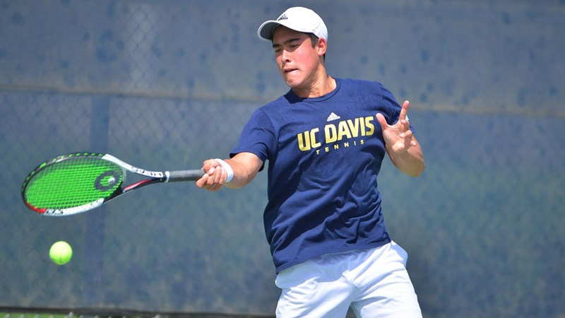 Thamma and Goulak win doubles title - UC Davis Athletics